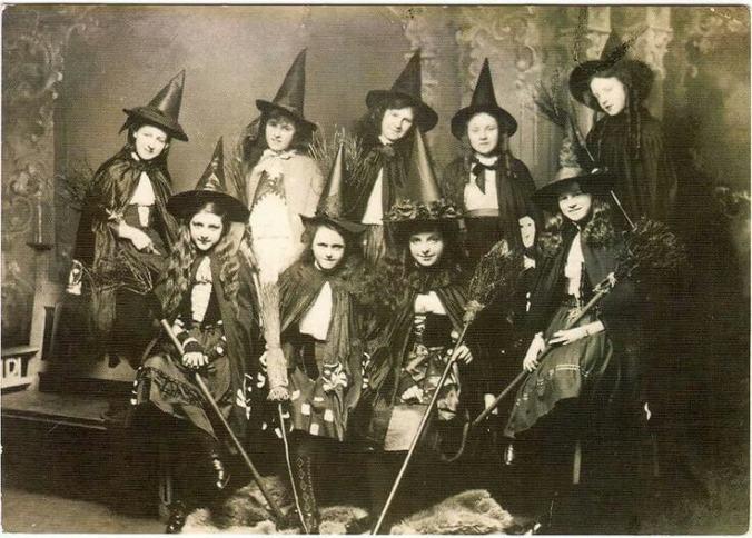 vintage Halloween-1920